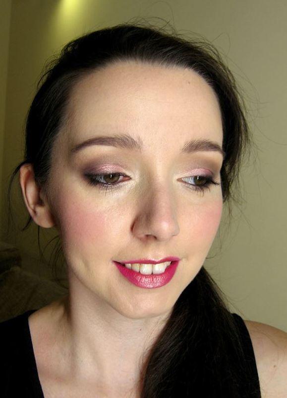 wieczorowy makijaż brąz i róż